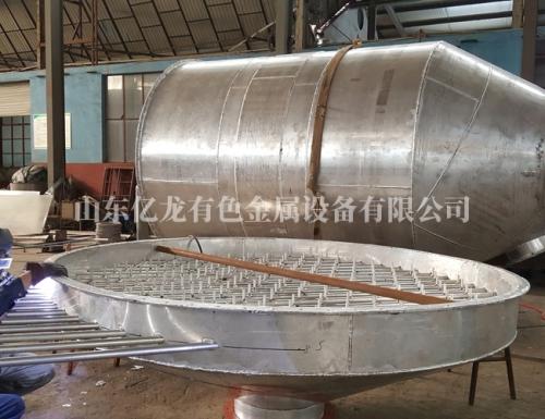 铝分布器制作中